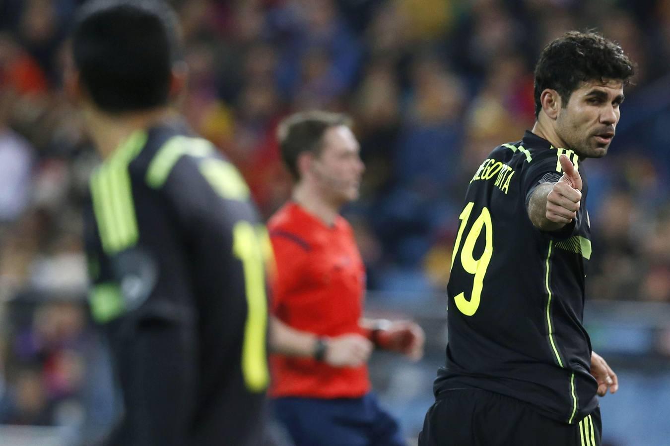 Costa debuta con España