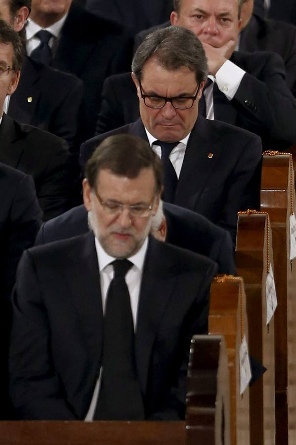 Los Reyes presiden el funeral de Estado por Suárez